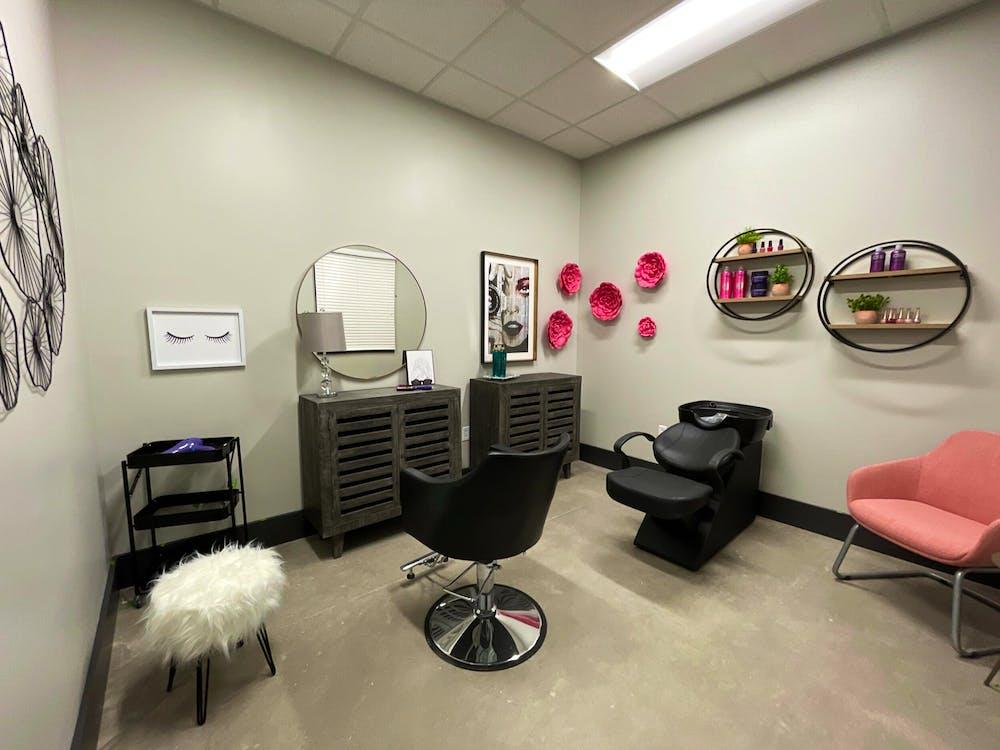 Salon Suites
